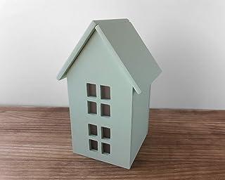 Casa verde menta de madera