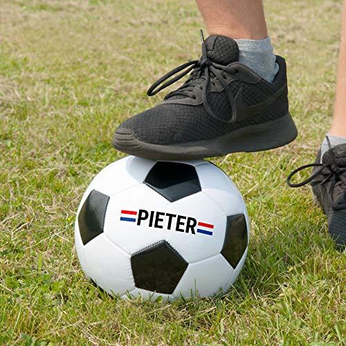 YourSurprise Fußball mit Eigenem Namen Bedruckt - Weißer Fußball mit Schwarzen Flecken Personalisierbar mit Eigenem Namen, Verschiedenen Designs und Schriftarten.