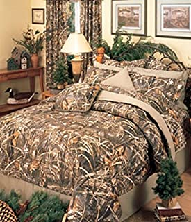 Realtree MAX-4 Camouflage - 8 Pc QUEEN Comforter Set and Matching Bathroom Shower Curtain (Comforter, 1 Flat Sheet, 1 Fitted Sheet, 2 Pillow Cases, 2 Shams, 1 Bedskirt, 1 Shower Curtain)