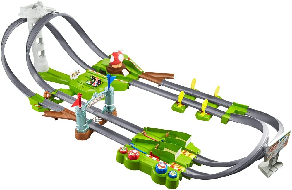Hot Wheels Mario Kart Circuit Track with Scale Kansas City Mall Die-Cast Set 1:64 supreme