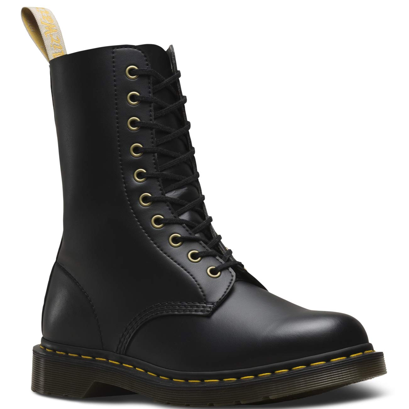 Generoso Assolutamente Vai su  Dr. Martens Women's 1490 Virginia Eye Leather Boot - Buy Online in El  Salvador. | dr. martens Products in El Salvador - See Prices, Reviews and  Free Delivery over US$70.00 | Desertcart