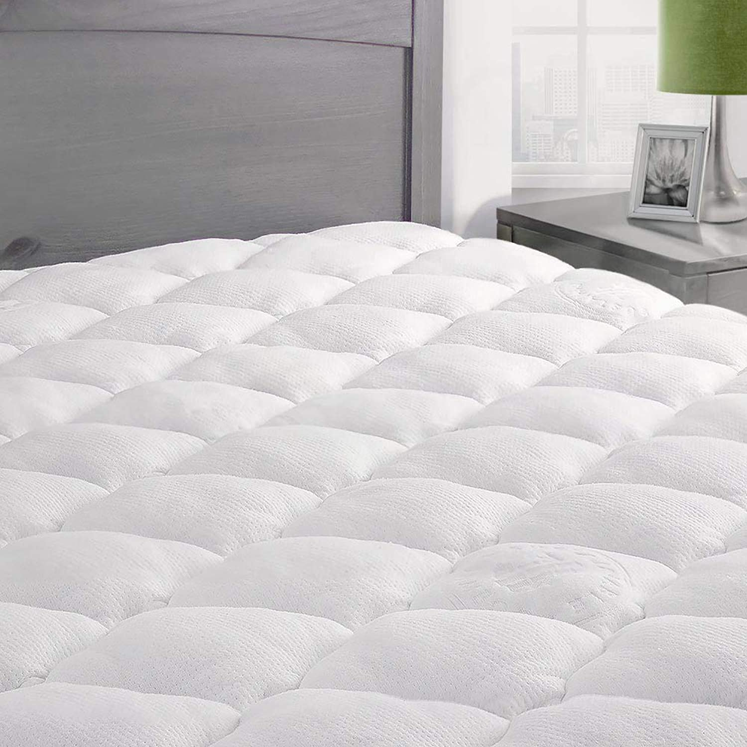 ExceptionalSheets Bamboo Mattress Pad with Fitted Skirt - Extra Plush Cooling Topper - Hypoallergenic - Made in The USA, Twin