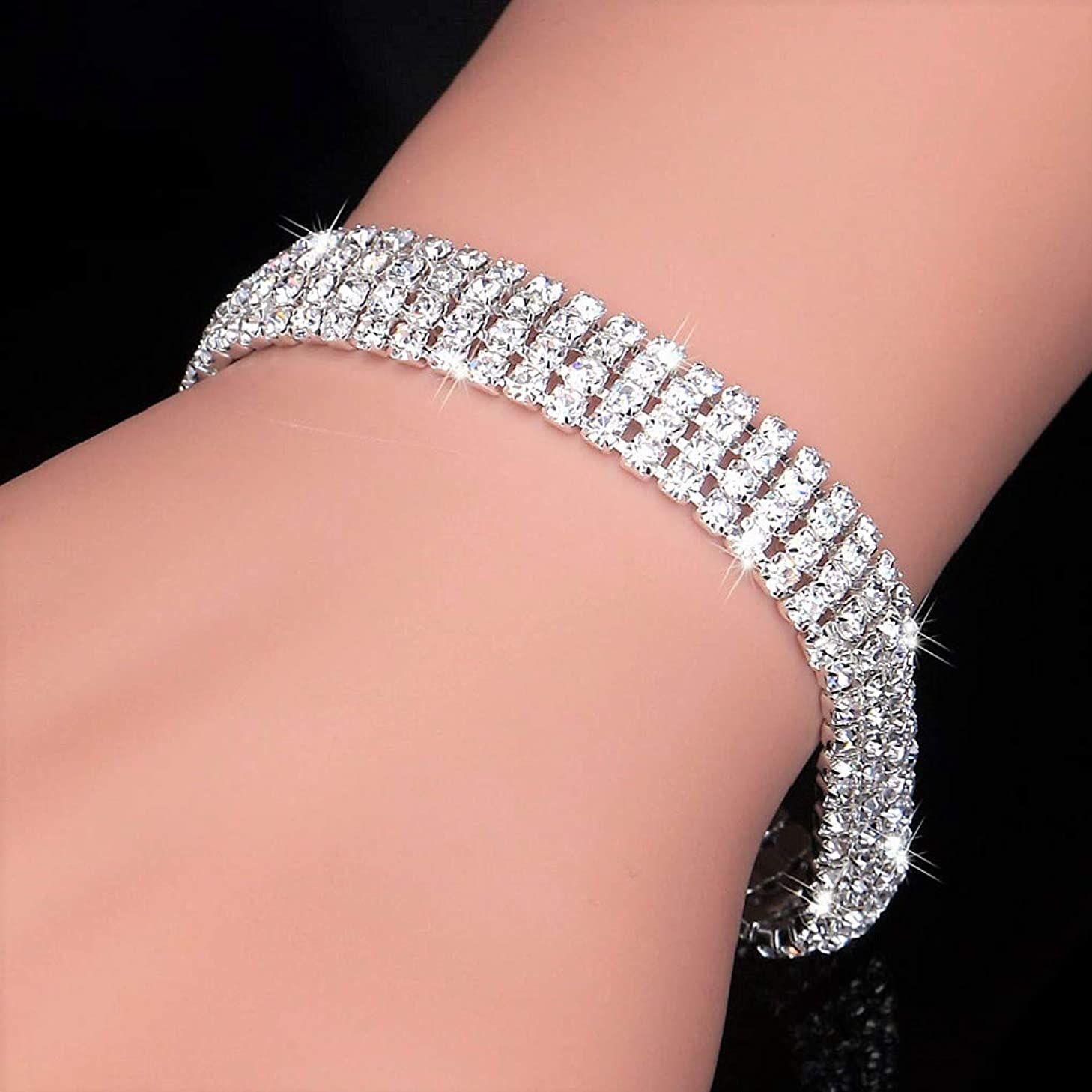 Fashion Crystal Wedding Bracelets with Clasp (Four Rows)