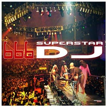 Superstar DJ (Special Maxi Edition)