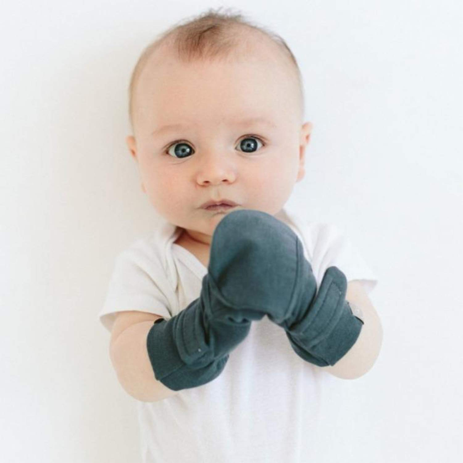 Goumi Baby Booties and Mittens Bundle, Bamboo / Organic Cotton Newborn Mitts and Boots, Adjustable & Soft (0-3 Months, Midnight)