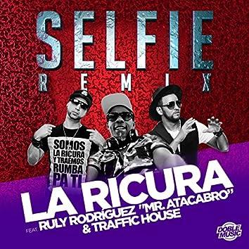 "Selfie (feat. Ruly Rodríguez ""Mr. Atacabro"" & Traffic House)"