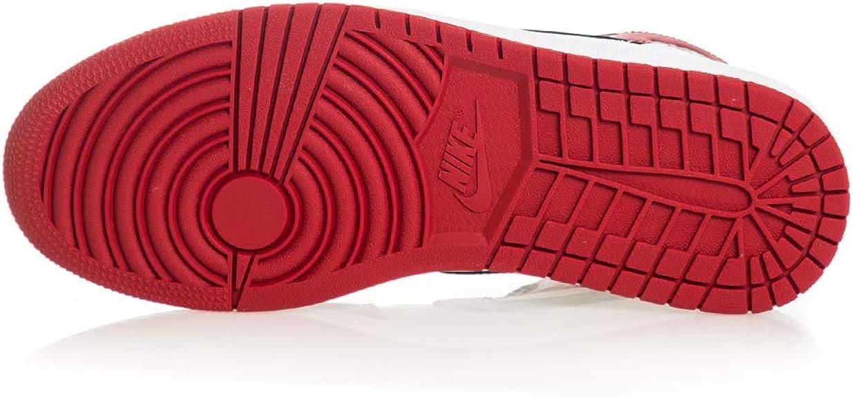 Amazon.com | Jordan Older Kid's Shoes Nike Air 1 Mid Chicago (GS ...