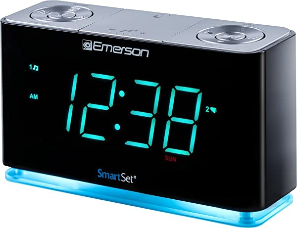 Emerson SmartSet Alarm Clock Radio With Bluetooth Speaker Charging Station Phone Chargers With USB Port For IPhone IPad IPod Android And Tablets ER100301