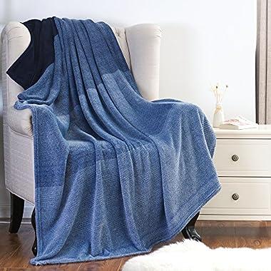 Bedsure Flannel Fleece Luxury Blanket Blue Twin(60 x80 ) Lightweight Cozy Plush Microfiber Solid Gradient Blanket