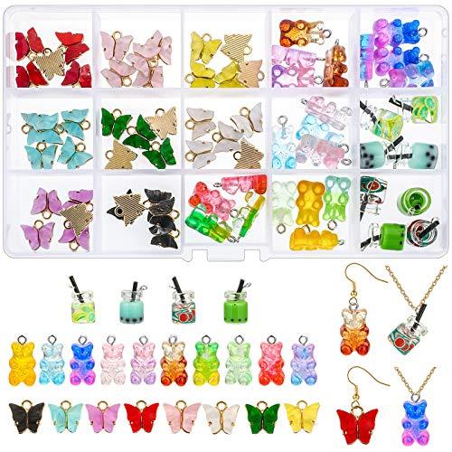 Cysincos Juego de 68 colgantes acrílicos con forma de mariposa, osito y bebida, resina de colores, para manualidades, pendientes, pulseras, collares, llaveros.