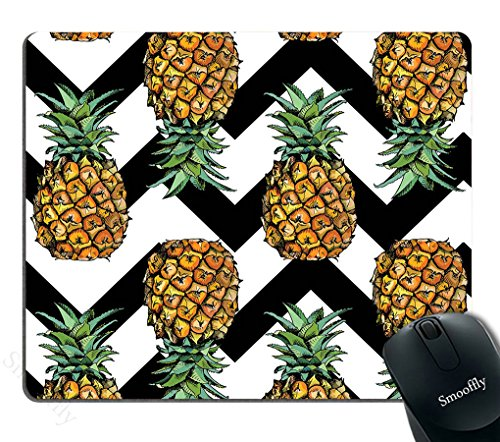 Smooffly Pineapple Mouse Pad Custom,Pineapple on Black White Chevron Pattern Mouse Pad, Modern Tropical Theme Print, Personality Desings Gaming Mouse Pad