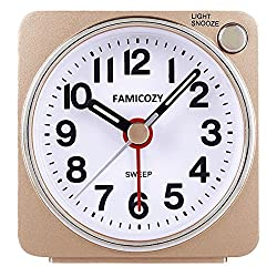 FAMICOZY Small Lightweight Travel Alarm Clock, Quiet Non Ticking Analog Alarm Clock with Snooze and Light,Sound Crescendo,Easy to Read,Mini Quartz Alarm Clock,Battery Operated(Gold)