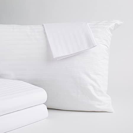 4 Pillow Protectors Zipped 100/% Cotton White Covers Anti Allergy Dust Mite Proof