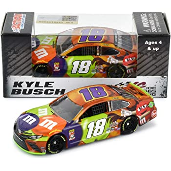 Lionel Racing Kyle Busch 2019 Halloween M&M NASCAR Diecast Car 1:64 Scale