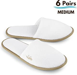 BERGMAN KELLY Spa Slippers, Closed Toe (White, Cocoa Trim, 6 Pairs Size Medium) Disposable Indoor Hotel Slippers for Men a...