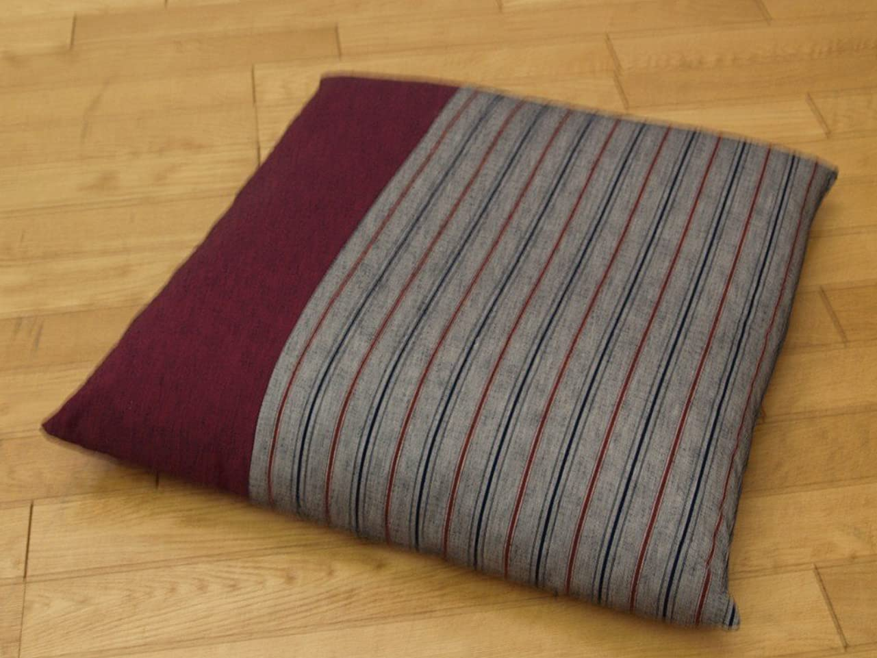 鳥無効にする大理石高級座布団 耐久性に優れた 人気商品 久留米織り 座布団 『筑後(ちくご)』 エンジ 55×59cm
