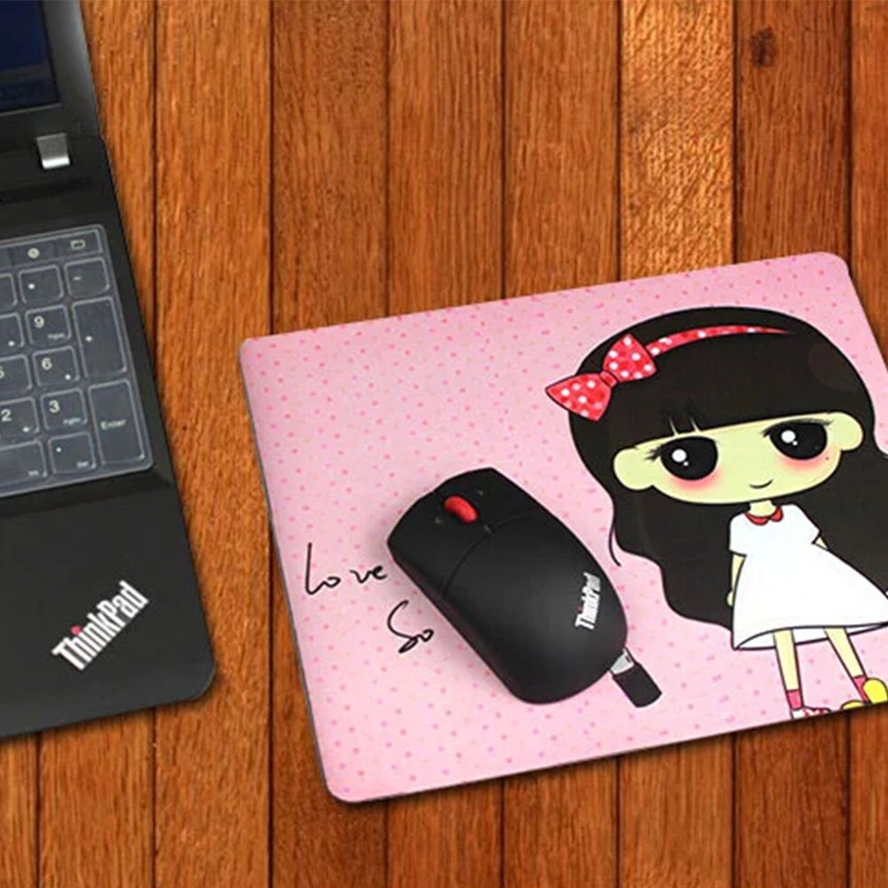 Custom Super Mouse Pad with Dr Dre Monster Beats Earphones Girl Non-Slip Neoprene Rubber Standard Size 9 Inch(220mm) X 7 Inch(180mm) X 1/8 Inch(3mm) Desktop Mousepad Laptop Mouse pads Comfortable Computer Mouse Mat