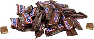 Snickers Fun Size Chocolate Caramel Candy Bars - 1 LB Resealable Stand Up Bulk Candy Bag (approx. 25 pieces) - Bulk Filler Candy for Holidays and Parties