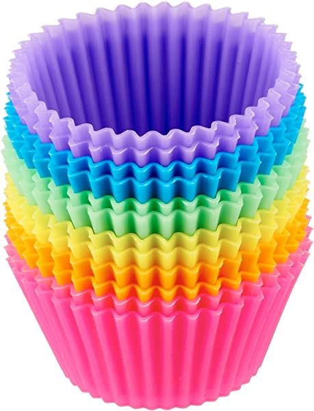 AmazonBasics Reusable Silicone Baking Cups Muffin And Cupcake Pack Of 12