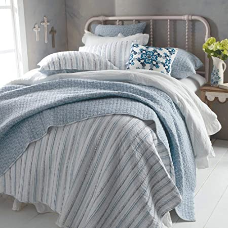 Rod S Country Grace White And Blue Stripe Reversible To Floral Quilt Size Full Queen Home Kitchen