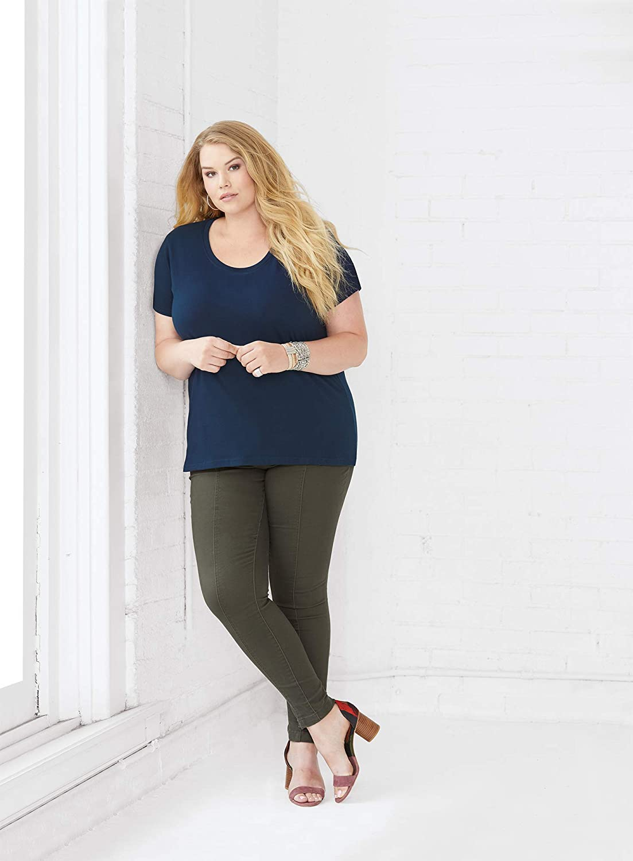 HARD EDGE DESIGN Women's False Causality Logical Fallacy T-Shirt