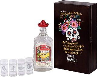 Herz & Heim Sierra Tequila Geschenk Set personalisiert mit Ihrem Wunschnamen bekommen Sie 4 graviertem Schnapsgläser und eine Flasche 0,7 l Sierra Tequila Silver in einer großartiger Holzverpackung