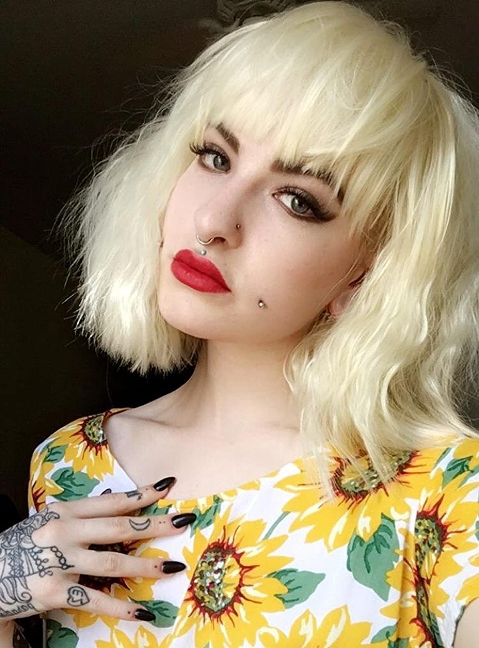 eNilecor Short Fluffy Bob Kinky Straight Hair Wigs with Bangs Synthetic Heat Resistant Women Fashion Hairstyles Custom Cosplay Party Wigs + Wig Cap(Light Blonde)