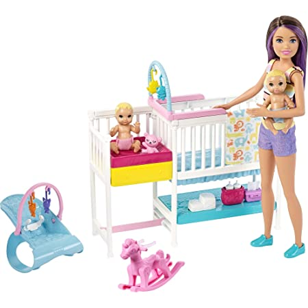 Barbie- Nurserie Skipper Playset, Bambola con Bambolotti, Lettino, Fasciatoio e Tanti Accessori, per Bambini 3+ Anni, Multicolore, GFL38