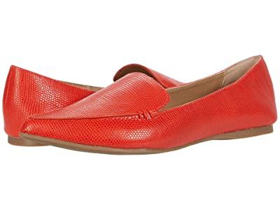 Steve Madden Feather Loafer (Coral Lizard) Women
