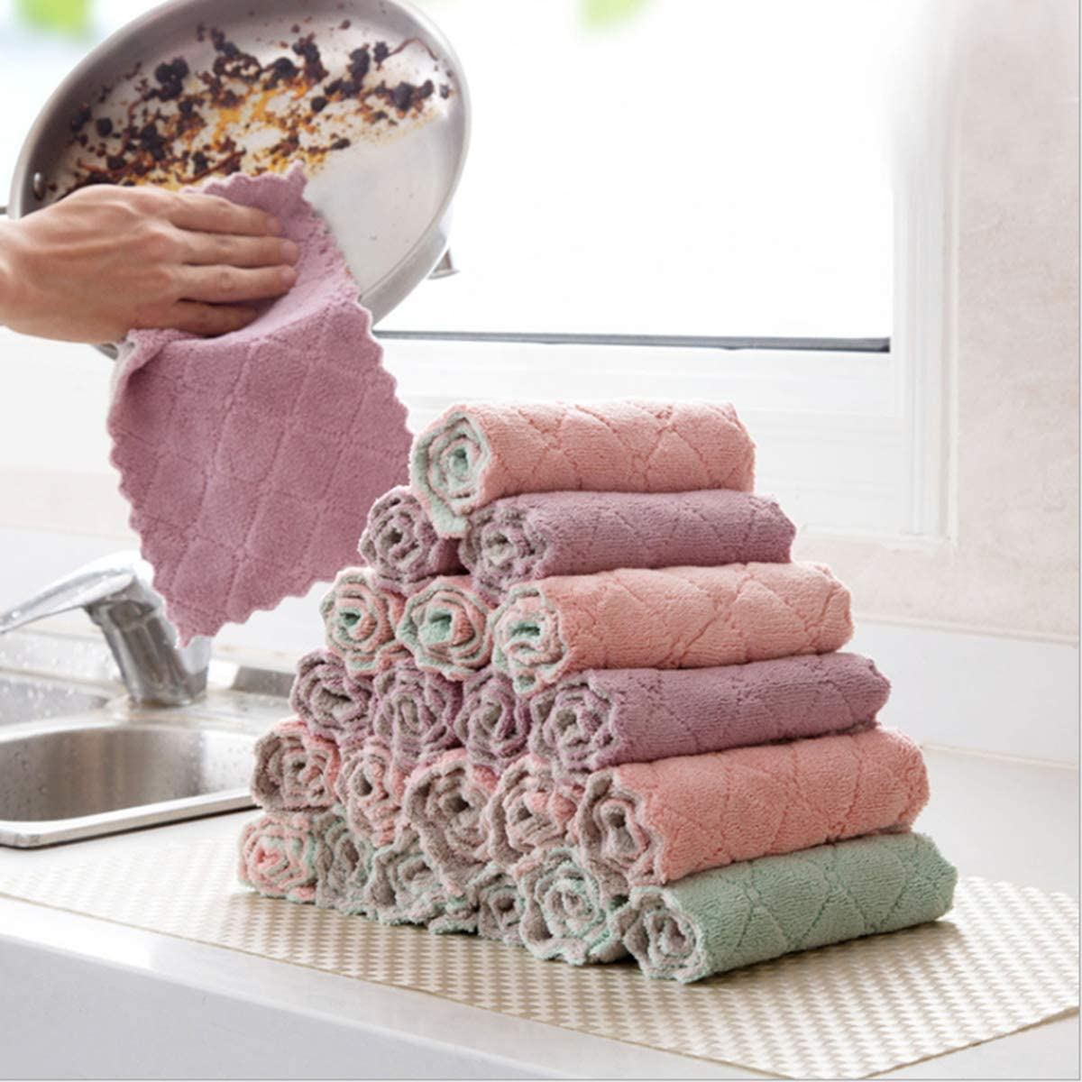 20 Sets of High-Grade Kitchen Dish Cloth, Super Absorbent Coral Fleece Dish Towel, Quick-Drying, Super Soft and Absorbent 100% Coral Fleece Household Cleaning Cloth, Very Suitable for Family Dining.
