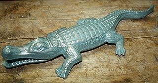 Home Decor Cast Iron Florida Gators Garden Statue Yard Art Pool Home Decor Alligator Pond Perfect for Your Farmhouse