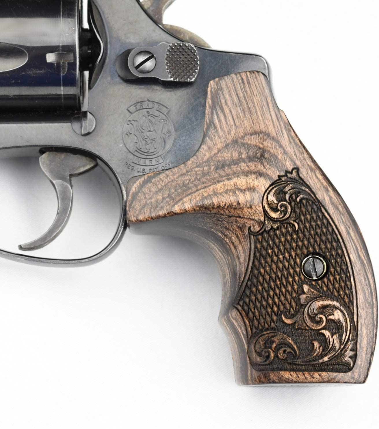 Smith and wesson grips revolver