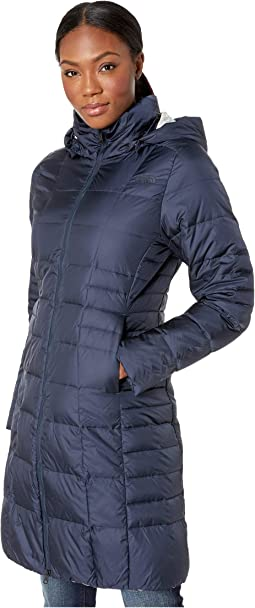 b2fd16e83b80 The north face resolve parka patriot blue classic dot