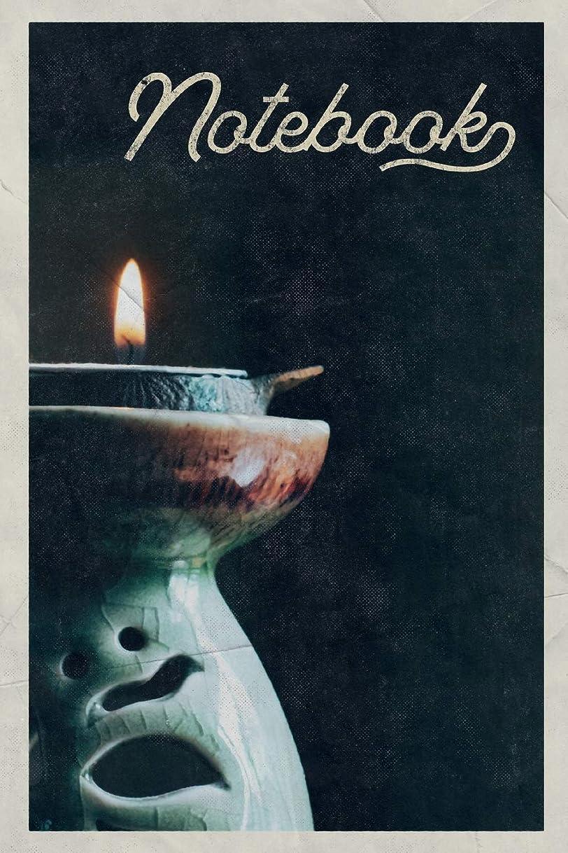 偽物解明六分儀Notebook: Candlelight Yoga Excellent Composition Book Journal Diary for Men, Women, Teen & Kids Vintage Retro Design for Candle Meditation Experiences
