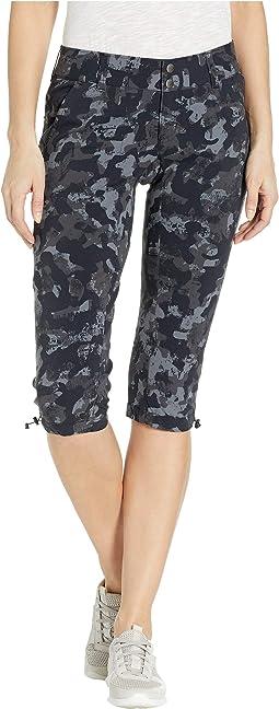 Saturday Trail™ Printed Knee Pants