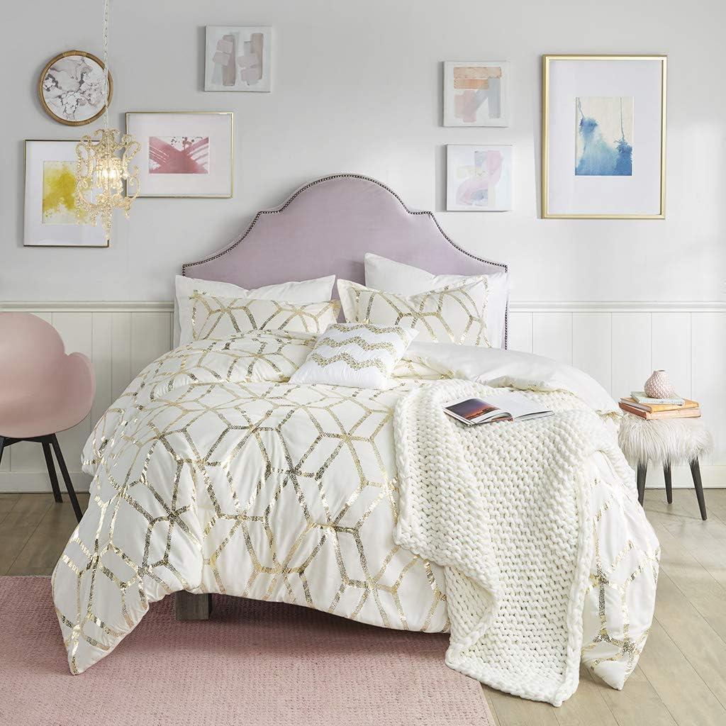 Comfort Spaces Vivian Comforter Set Ultra Soft All Season Lightweight Modern Geometric Glam Metallic Print Bedding, Matching Sham, Decorative Pillow, Full/Queen, Ivory/Gold