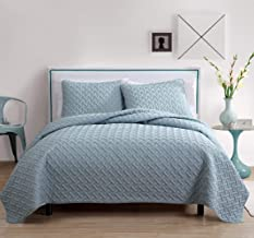 VCNY Home Luxurious Geometric Pattern Quilt Set by VC New York, Blue
