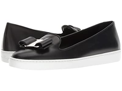 Salvatore Ferragamo Novello Leather Bow Slip-On Sneakers (Nero) Women
