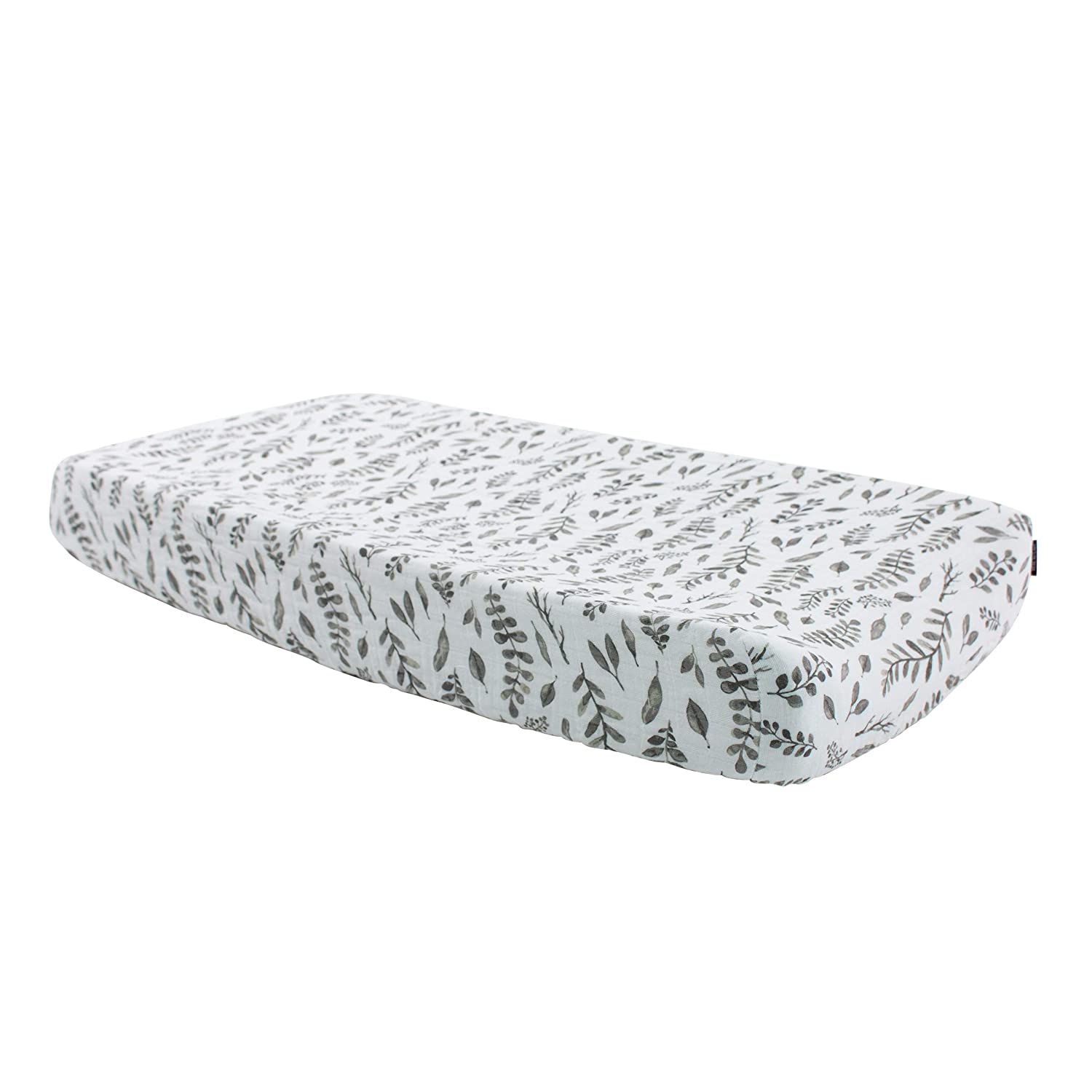 Bebe au Lait Classic Muslin Changing Pad Cover, 100% Cotton Muslin, One Size Fits Most - Leaves