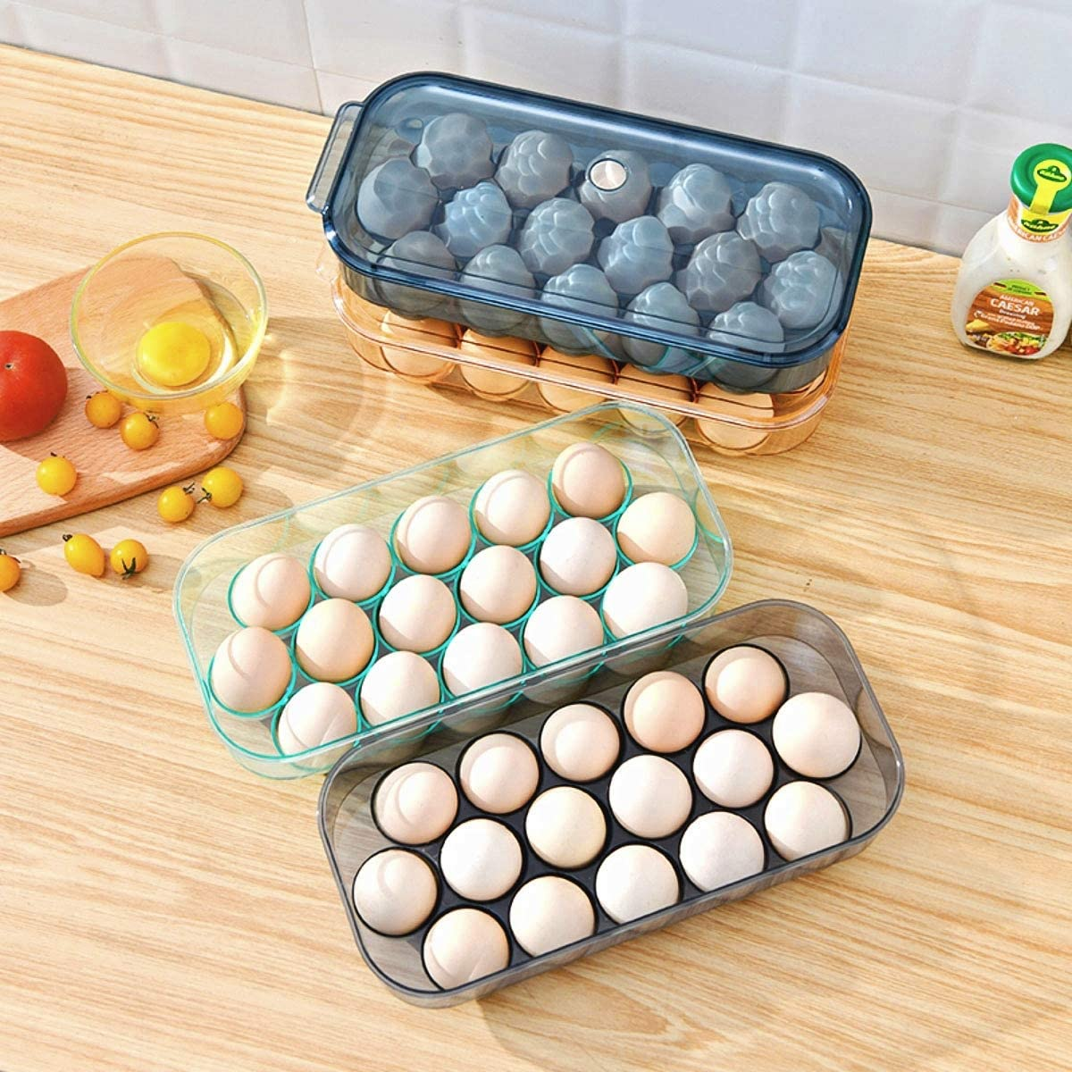 Black 4 colors Roaring Hippo Egg Holder for Refrigerator,translucent egg storage box ,stackable egg tray with lid,can hold 16 egg rack refrigerator containers.