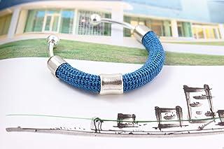 Bracciale rigido in cotone azzurro lavorato crochet - Matitie