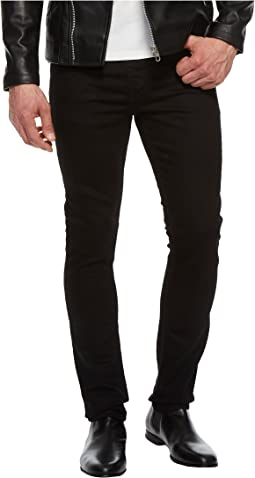 Skinny Jeans in Clean Black