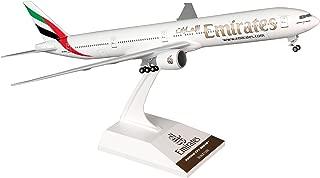 Daron Skymarks Emirates . -300er Aeroplane Model Building Kit With Gear, 1/200-
