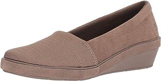 حذاء نسائي من Grasshoppers بكعب وتدي من الجلد السويدي