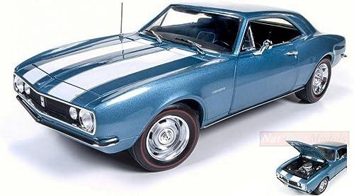 AUTO WORLD AMM1101 CHEVY CAMARO Z28 50th ANNIVERSARY NANTUCKET Blau 1 18 MODEL