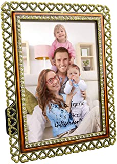 Giftgarden 5x7 Picture Frame Metal Classical Gold Heart Frames with Definition Glass Desktop Decor for 7x5 Photo
