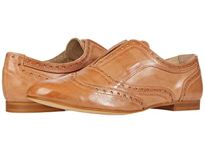 Massimo Matteo Laceless Oxford Wing Tip (Cuoio) Women