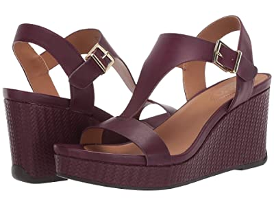 Kenneth Cole Reaction Card Wedge (Burgundy) Women