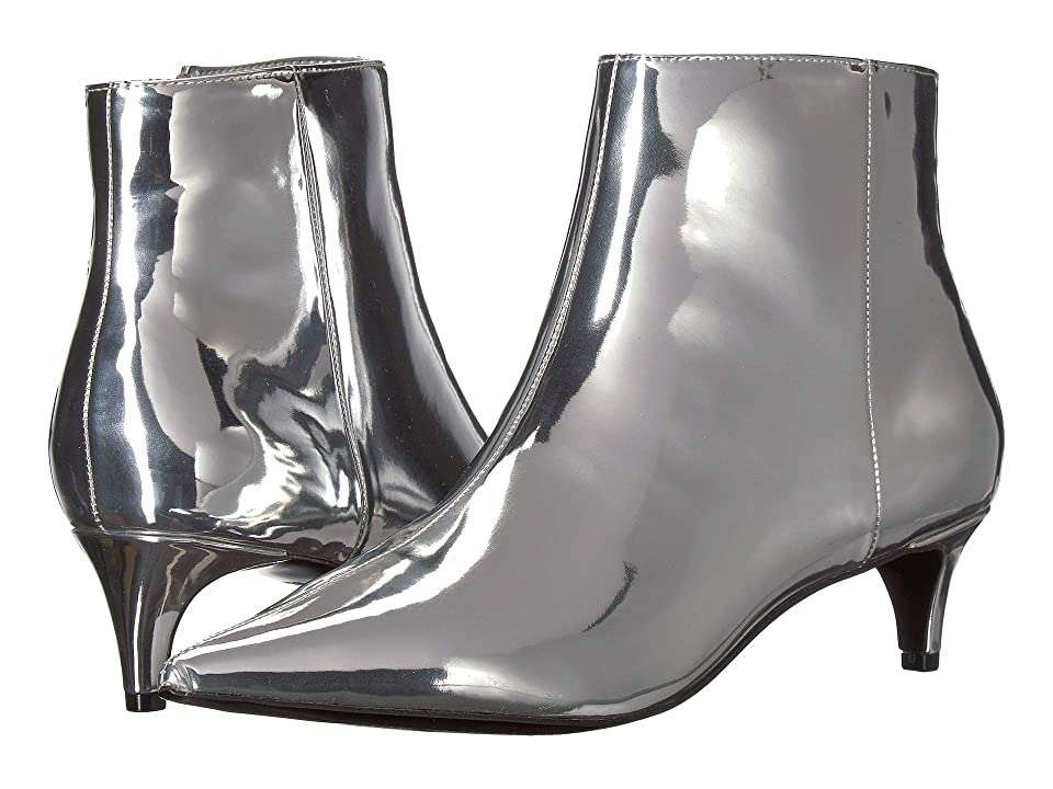 Charles by Charles David Kiss (Silver Speccio Smooth) Women
