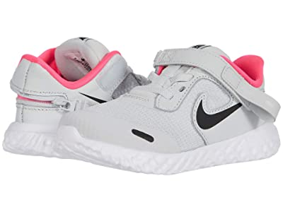 Nike Kids Flyease Revolution 5 (Infant/Toddler) (Photon Dust/Black/White/Pink Glow) Kid